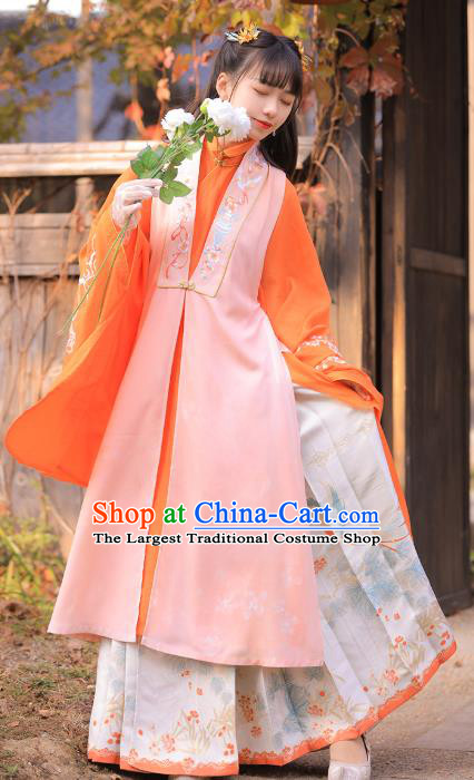 Chinese Traditional Ming Dynasty Patrician Lady Embroidered Hanfu Dress Ancient Noble Princess Apparels Historical Costumes for Rich Woman