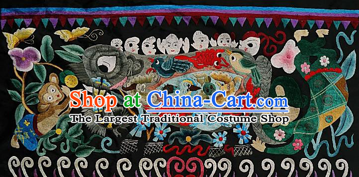 Chinese Traditional Embroidered Elephant Monkey Fabric Patches Handmade Embroidery Craft Miao Ethnic Embroidering Green Cloth Person Applique Accessories