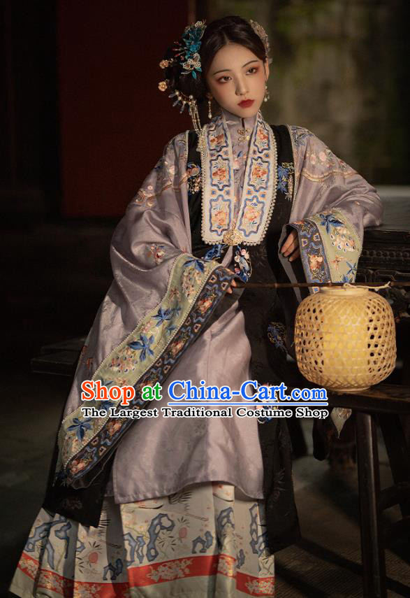 China Traditional Ming Dynasty Nobility Mistress Historical Clothing Ancient Court Beauty Embroidered Hanfu Costumes