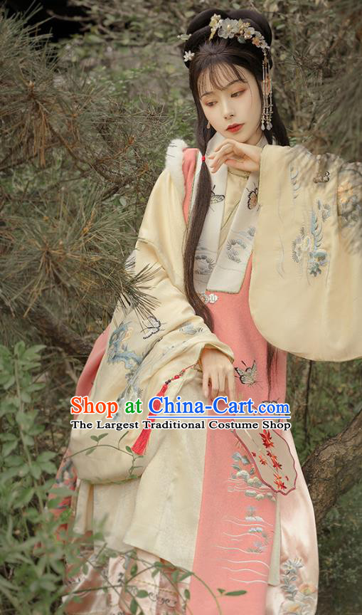 China Ancient Noble Woman Hanfu Dress Apparels Traditional Ming Dynasty Royal Princess Historical Clothing