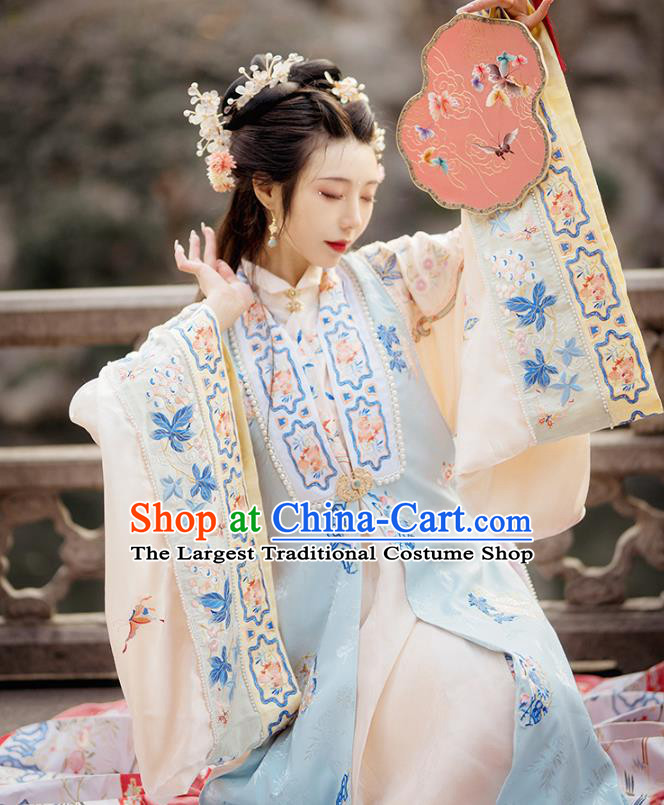 China Ancient Nobility Women Hanfu Clothing Traditional Ming Dynasty Royal Princess Embroidered Costumes