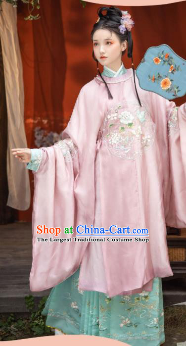 China Ancient Royal Infanta Embroidered Hanfu Garment Traditional Ming Dynasty Nobility Lady Historical Clothing